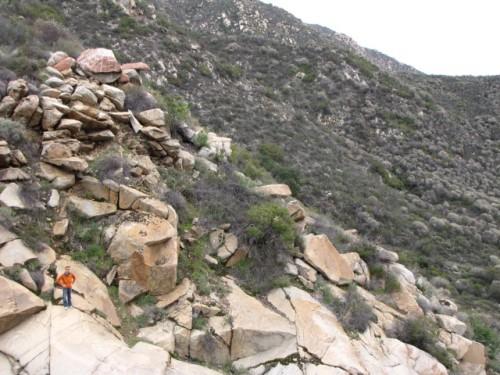 Bouldering at Teneja Falls